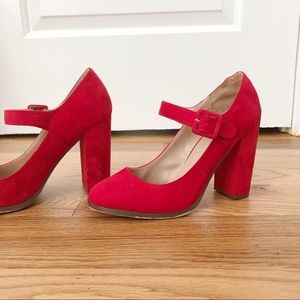 MIX NO.6 Red Heels - Size 8
